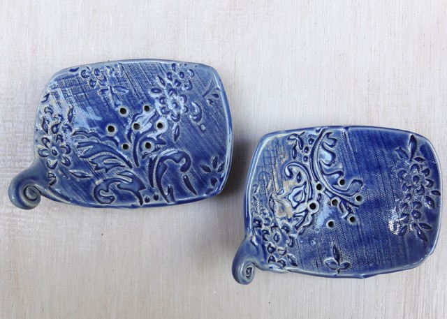 Kerámia szappantartó öblös kékfestő